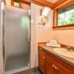 7-baie casa mica de vacanta de 42 mp