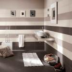 7-baie moderna cu imprimeu din dungi orizontale decor perete