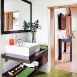 7-baie moderna spatioasa mansarda decor alb vernil si wenge