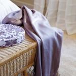 7-bancuta din ratan impletit picioare pat dormitor romantic mansarda
