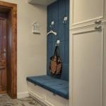 7-bancuta integrata in mobila de pe hol