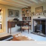 7-biblioteca living cu godin fier forjat casa veche sec 17 renovata