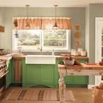 7-bucatarie-clasica-cu-mobilier-in-culoarea-anului-2017-greenery