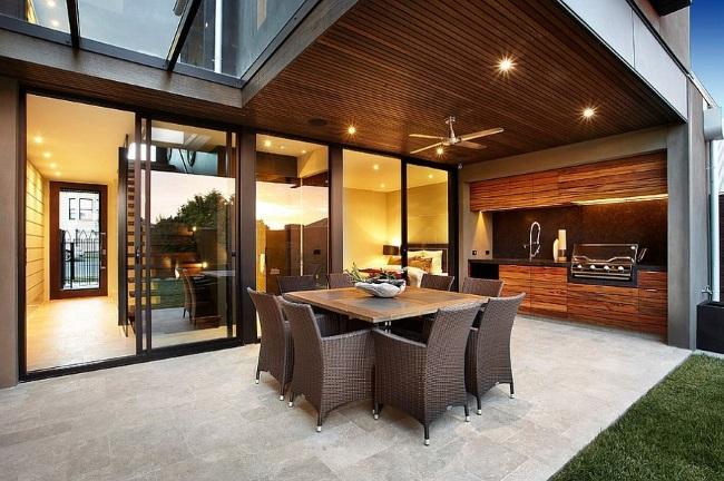 7-bucatarie de exterior design minimalist amenajata pe terasa casei
