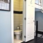 7-camera de toaleta parter casa mica 37 mp impartiti pe 3 niveluri