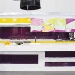 7-combinatii de galben violet si alb in amenajarea unei bucatarii moderne