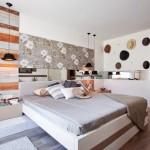 7-decor cu palarii perete dormitor modern cu accente vintage