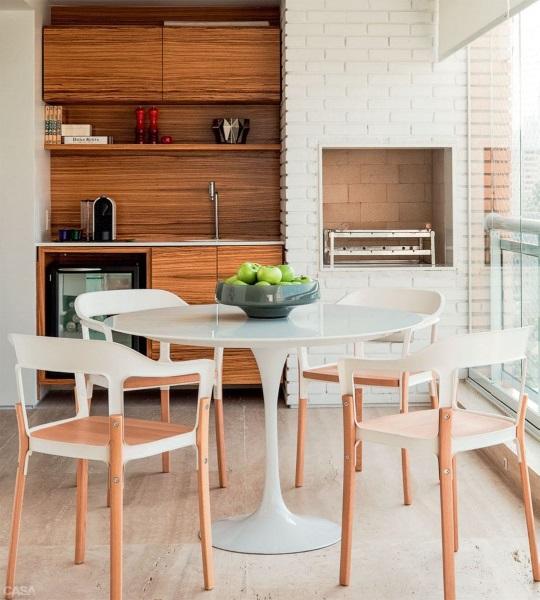 design modern bucatarie mica balcon