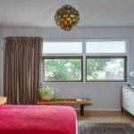 7-distanta dintre pat si biroul de lucru din amenajarea unui dormitor mic
