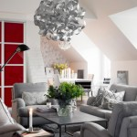 7-dressing rosu proiectat in perimetrul unui living modern decorat in alb si gri deschis