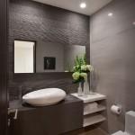 7-exemplu amenajare baie moderna minimalista in nuante de gri cu lavoar asimetric