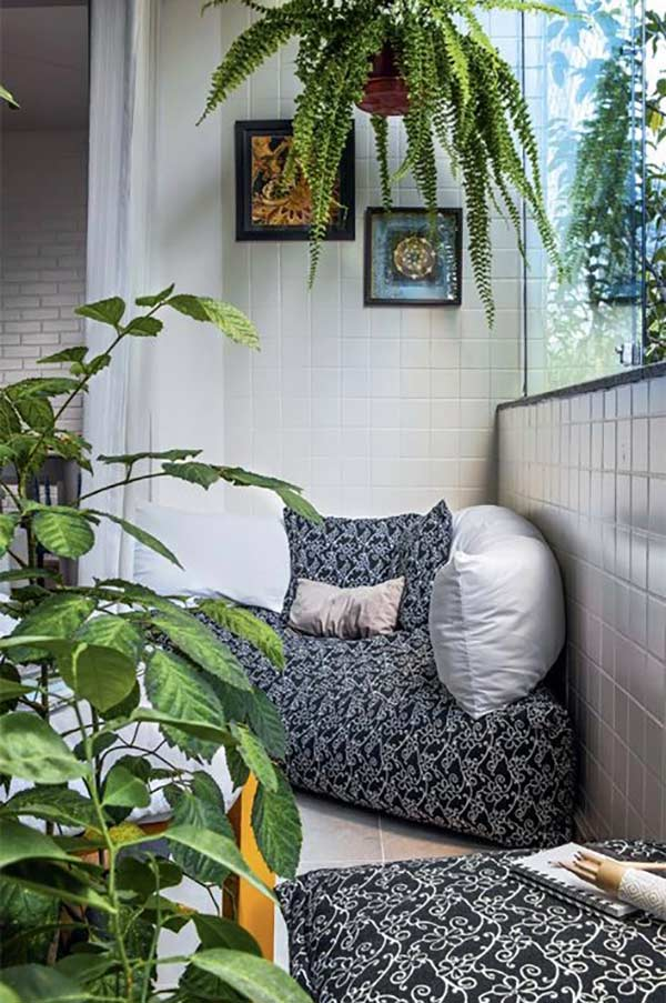 fotoliu moale plante verzi balcon mic