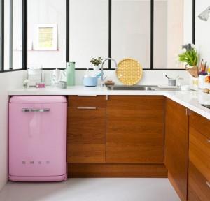 7-frigider de mici dimensiuni intergat sub blatul de bucatarie
