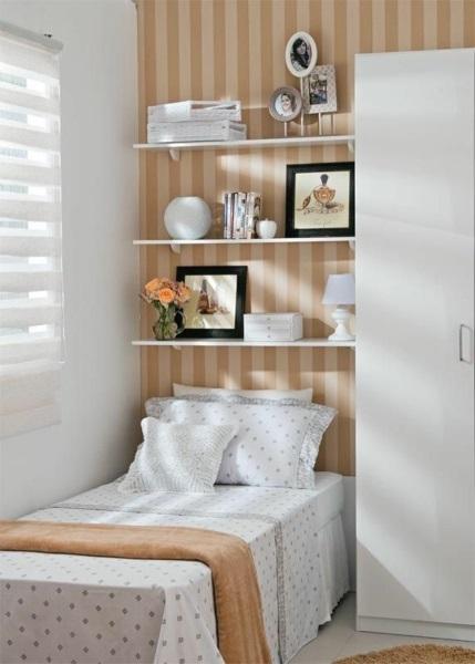 7-imprimeu in dungi pentru inaltarea sau largirea vizuala a unui dormitor mic
