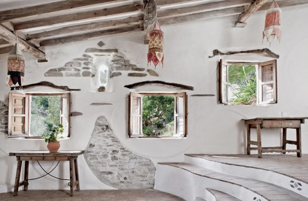 7-interior casa rustica din piatra traditionala zona sud spania