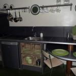 7-mobila bucatarie cu loc de luat masa integrat