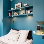 7-mobila camera tineret in ton cu peretii albastri