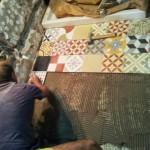 7-montare gresie mozaicata din ciment pictata manual