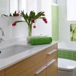 7-mozaic bucati mai mari culoare verde combinat cu faianta alba decor baie moderna