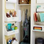 7-organizare dulap utilitar pentru aspirator si detergenti