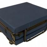 7-pat pliat in forma unui taburet sau puf magazin Mob and Deco
