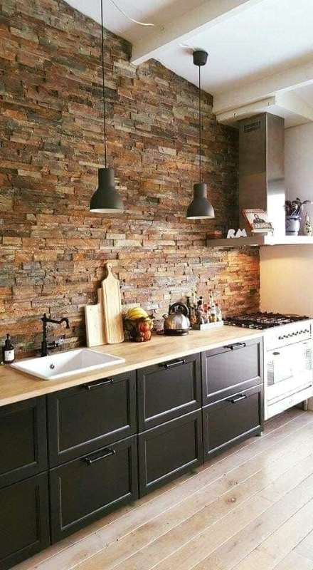7-perete-piatra-naturala-bucatarie-moderna-accente-industriale-vintage