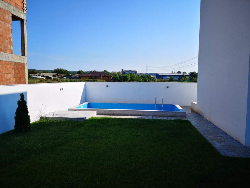 piscina casa cartir FIM Spring Residence Ploiesti