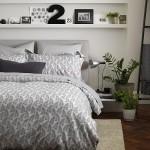 7-polite-pe-peretele-de-la-capul-patului-accent-decorativ-dormitor-mic