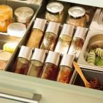 7-sertar compartimentat cpentru condimente de bucatarie