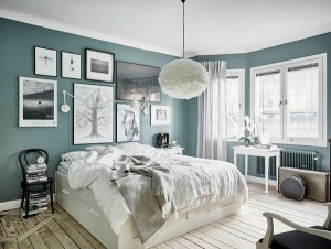 7-tablouri in decorul unui dormitor amenajat in stil scandinav