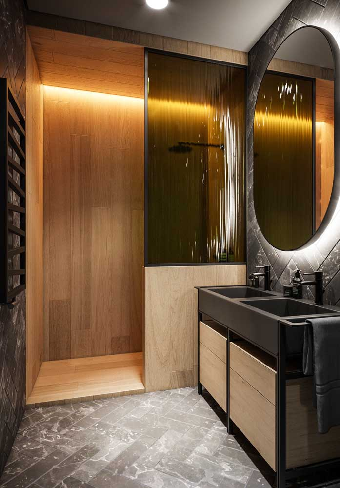 7-travertin si lemn amenajare baie moderna