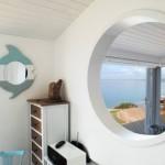 7-vedere din dormitor spre living casa mica de vacanta 30 mp
