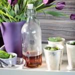 8-accente decorative lila in bucatarie amenajata in nuante de gri