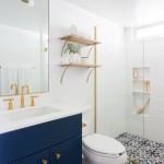 8-baie mica de bloc amenajata stil scandinav gresie decorativa imprimeu mobila albastra