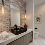8-baie moderna decorata cu piatra naturala