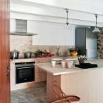 8-bucatarie eclectica a casei din piatra naturala Mallorca Spania