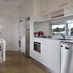 8-bucatarie lunga si ingusta casa mica prefabricata de 31 mp proiect Nova Deko