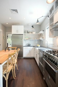 8-bucatarie mare open space stil scandinav interior casa 90 mp