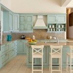 8-bucatarie rustica in alb si bleu stil mediteranean interior casa de vacanta Grecia