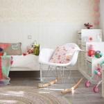 8-camera fetita amenajata si decorata in alb si roz