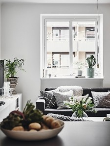 8-canapea gri decora living open space apartament amenajat in stil scandinav