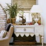 8-comoda veche din lemn vopsita in alb