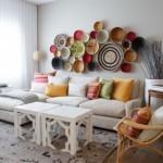 8-compozitie decorativa din farfurii rustice din lemn si mpletituri vegetale