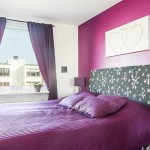 8-dormitor matrimonial modern cu accente colorate mov si violet