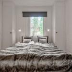 8-dormitor mic alb casa mica din lemn 57 mp