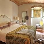 8-dormitor rustic decorat cu piatra naturala si caramida casa la tara in spania