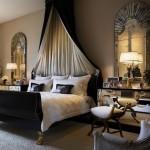 8-dormitor-stil-dotat-cu-pat-cu-baldachin-impresionant