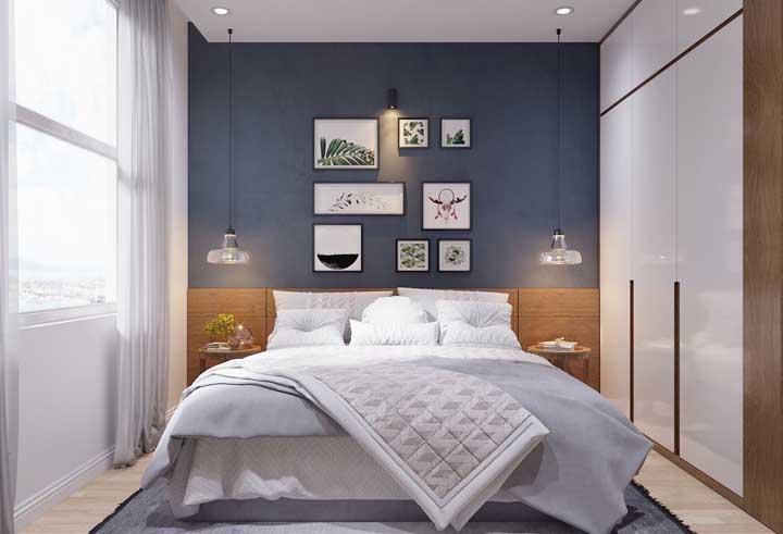 draperii albe fereastra dormitor mic