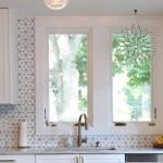 8-faianta cu imprimeu geometric decor perete blat lucru bucatarie moderna