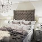 8-frumos dormitor mic si intim amenajat in alb si gri accente art deco